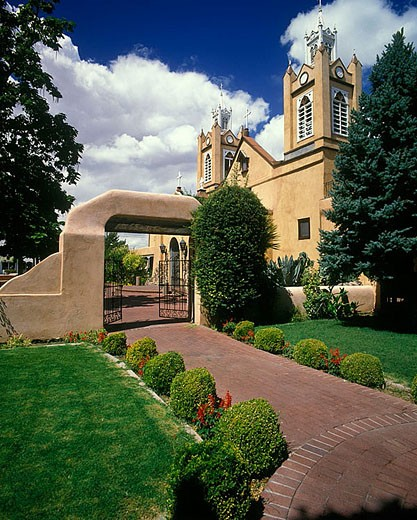 Church garden of san filipe de neri, Albuquerque, New mexico, USA. : Stock Photo