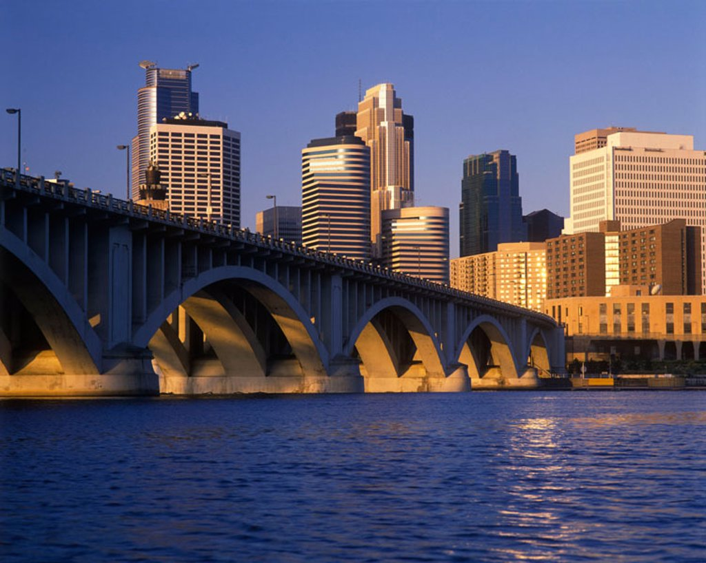 Downtown skyline, Minneapolis, Minnesota, USA. : Stock Photo