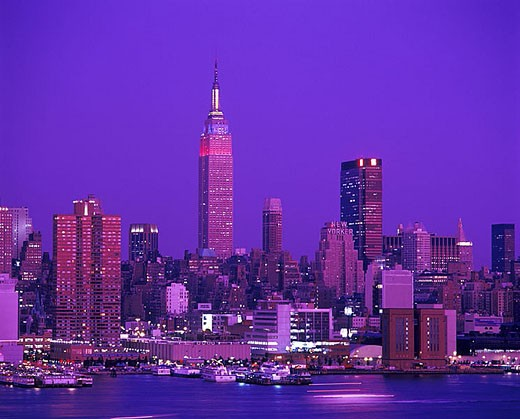 Stock Photo: 1566-342909 Empire state building, Mid-town skyline, Manhattan, New York, USA.