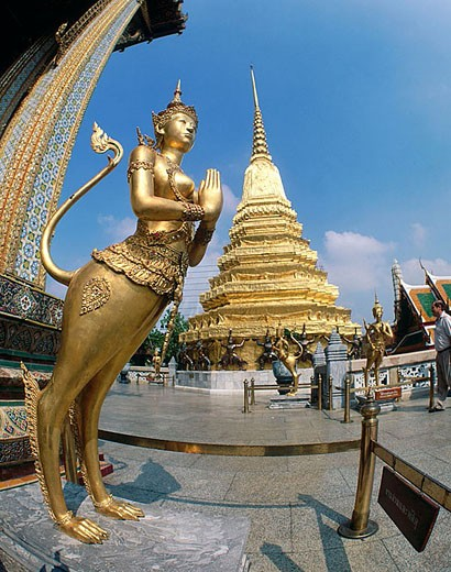 Wat Phra Kaeo. Bangkok. Thailand : Stock Photo