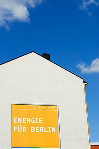 Stock Photo: 1566-345272 Promotion by electricity company Vattenfall Europe saying ´Energy for Berlin´ in German language. Berlin. Germany.