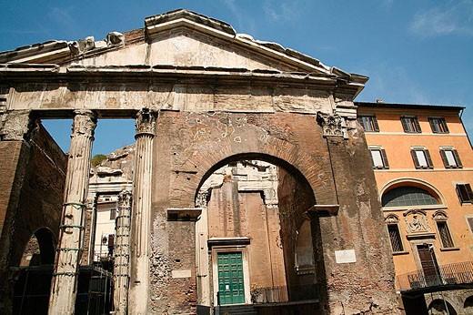 Stock Photo: 1566-345551 Ruins, Rome. Lazio, Italy