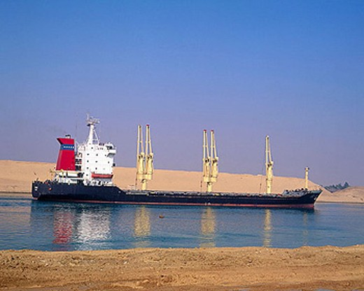 Stock Photo: 1566-348099 TRANSPORTE MAR CARGUEROS EGYPT. SUEZ CANAL. SHIP.