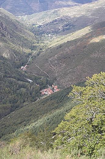 Stock Photo: 1566-349207 Sierra de la Demanda. Pico San Lorenzo. Road to Valdezcaray. Urdaneta, Ezcaray. La Rioja. Spain.