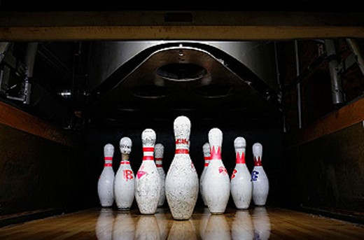 Stock Photo: 1566-349487 Bowling pins