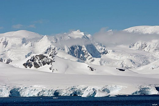 Lemaire Channel. Antartic Peninsula : Stock Photo