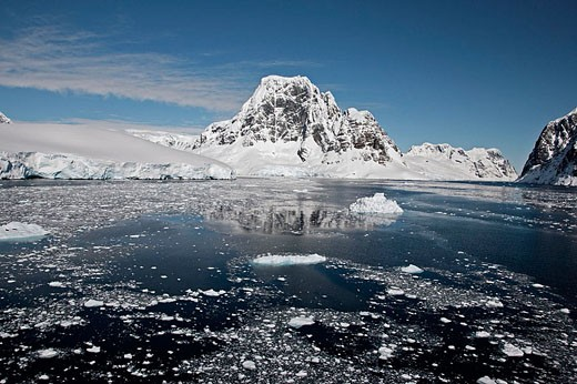Stock Photo: 1566-355693 Gerlache Strait. Antarctic Peninsula.
