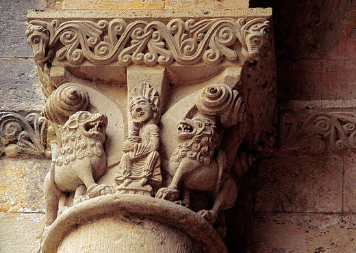 Stock Photo: 1566-355976 Romanique Abbey of La Sauve Majeure. Capitel representing Daniel with the Lions. Gironde. France.