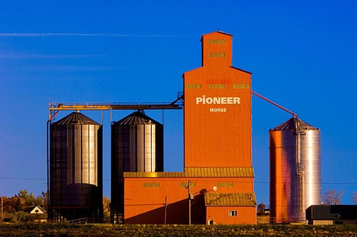 Stock Photo: 1566-357401 Pioneer Grain elevator