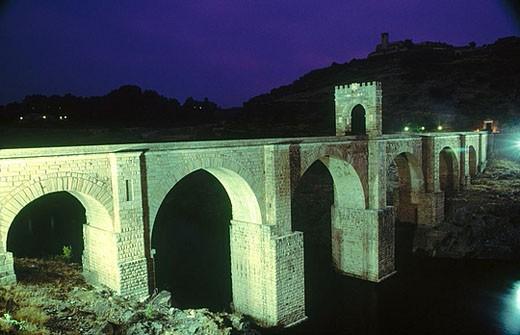Roman bridge. Alcantara. Caceres province. Extremadura. Spain : Stock Photo