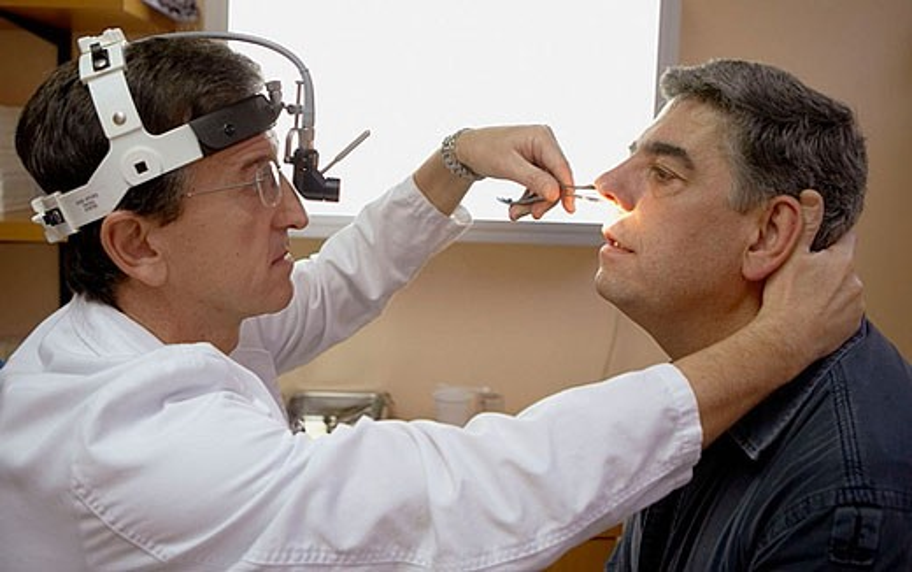 Medical examination, Otorhinolaryngologist. Hospital de Zumarraga, Gipuzkoa, Euskadi, Spain : Stock Photo