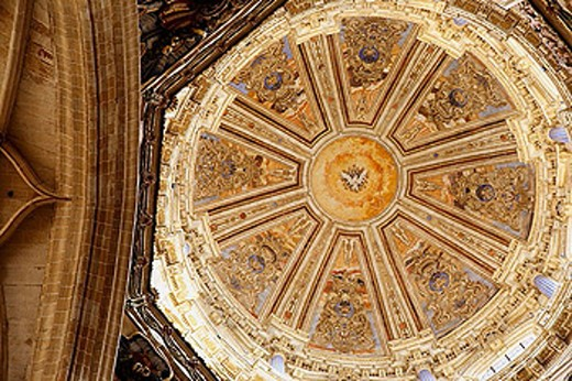 Stock Photo: 1566-360629 Dome of the new cathedral, Salamanca. Castilla-León, Spain