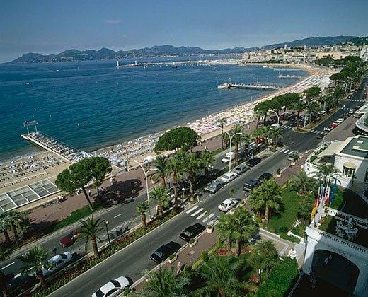 Boulevard de La Croisette. Cannes, Côte d´Azur. France : Stock Photo