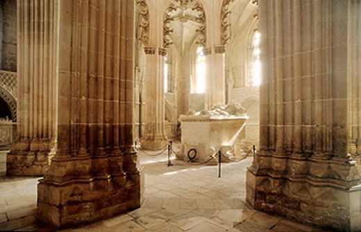 Portuguese Gothic masterpiece and classified in UNESCO´s International Heritage list, the Santa Maria da Vitória Monastery (14th-16th centuries) is a national landmark. Batalha. Center region. Portugal : Stock Photo