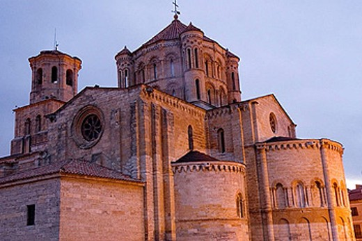Stock Photo: 1566-370041 Collegiate church of Santa Maria la Mayor (12th-13th Centuries). Toro. Zamora province. Castilla y Leon. Spain