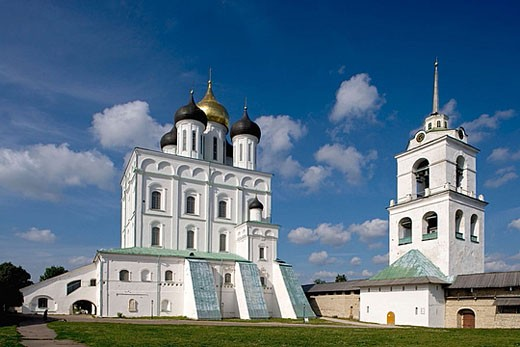 Holy Trinity cathedral, 1699, bell tower. Kreml. Pskov. Russia. : Stock Photo