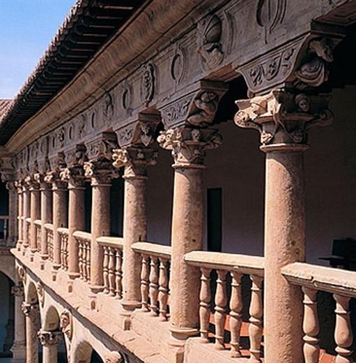 Stock Photo: 1566-371665 Cloister of Santa María de las Dueñas convent, Salamanca. Castilla-León, Spain