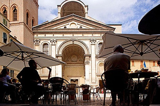 Stock Photo: 1566-371987 Piazza Mantegna, Chiesa (church) di Sant´Andrea. Mantova. Lombardy, Italy