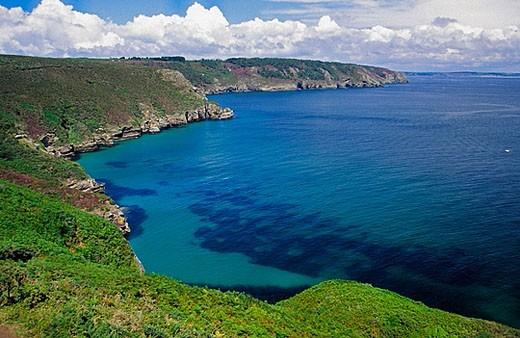 Stock Photo: 1566-372998 Rostudel. Morgat Inlet. Crozon Peninsula. Brittany. France