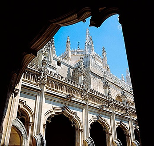 Stock Photo: 1566-373777 Cloister of San Juan de los Reyes monastery (15th century), Toledo. Castilla-La Mancha, Spain