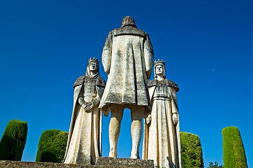 Statues of Queen Isabel, King Fernando and Christopher Columbus in Alcazar gardens. Cordoba. Andalusia, Spain : Stock Photo