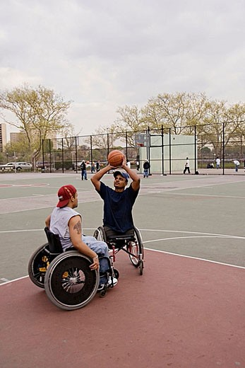 Stock Photo: 1566-383305 Men in wheelchairs playing basketball