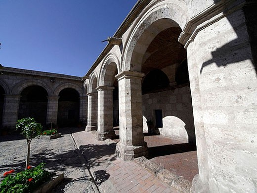 Cloister. Saint Catherine of Siena Monastery, Arequipa. Peru. : Stock Photo