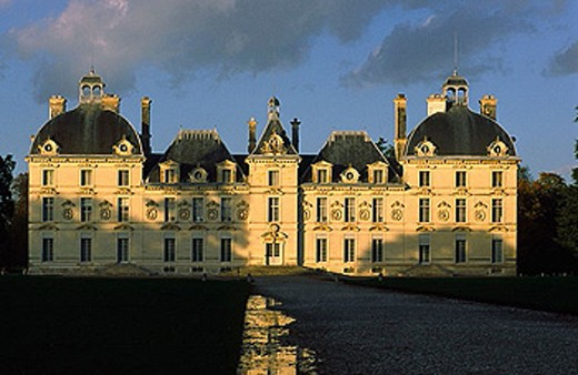 Castle of Cheverny, classic style, built from 1604 to 1634 by yhe count Hurault of Cheverny, loir et Cher province, France : Stock Photo