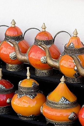 Stock Photo: 1566-391864 Pots at a souvenir shops at Sidi Bou Said, Tunisia.