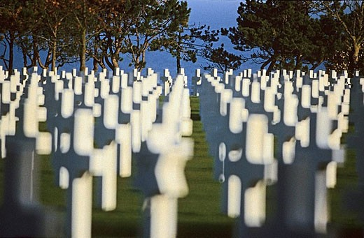 Stock Photo: 1566-393167 American military cemetery of  Saint-Laurent-sur-Mer, 9386 soldiers are buried there, Omaha Beach, Calvados, Normandie, France