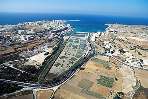 Stock Photo: 1566-395356 Malta. Qawra. Salina bay.