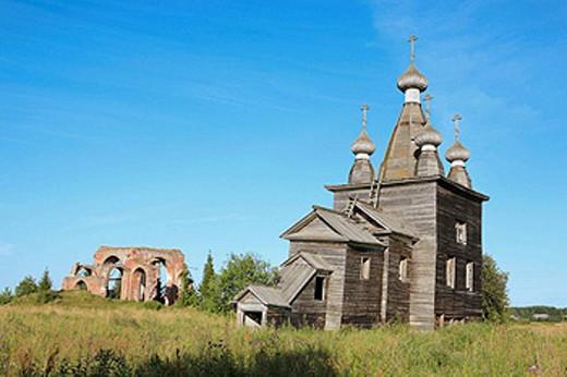 Stock Photo: 1566-395990 Ressurrection wooden church (1766), Rakula, Archangelsk (Arkhangelsk) region, Russia