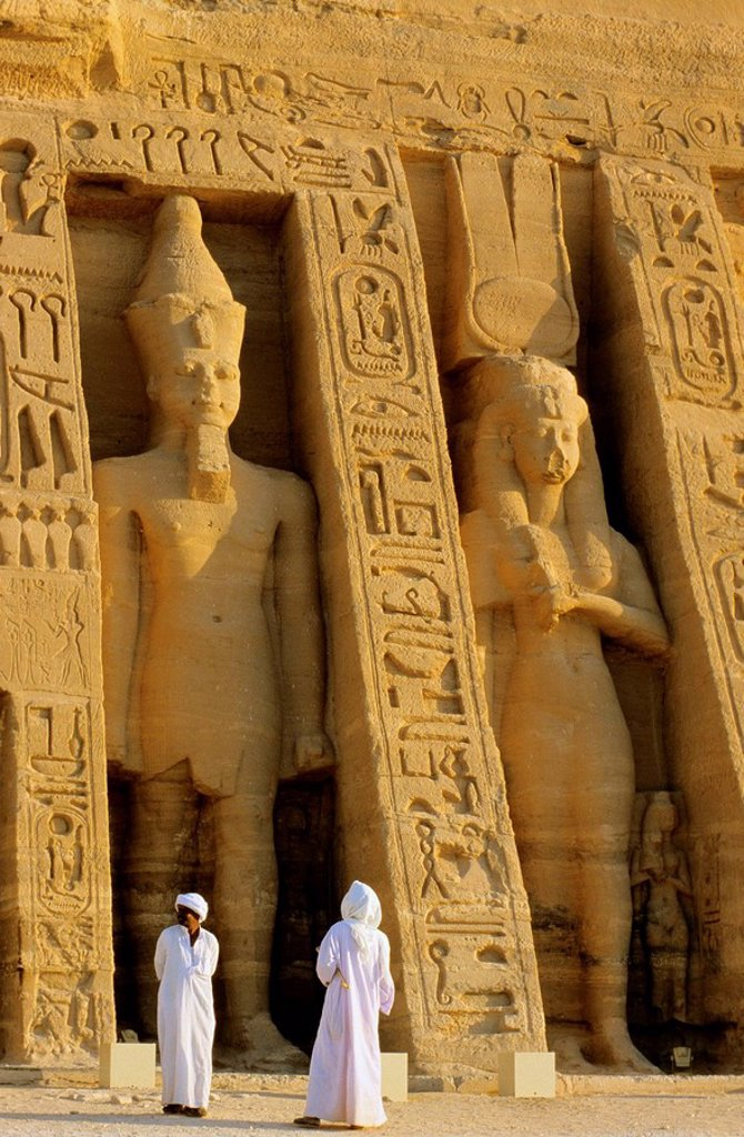 Stock Photo: 1566-396173 Abu Simbel temple, entrance, near Aswan, Egypt