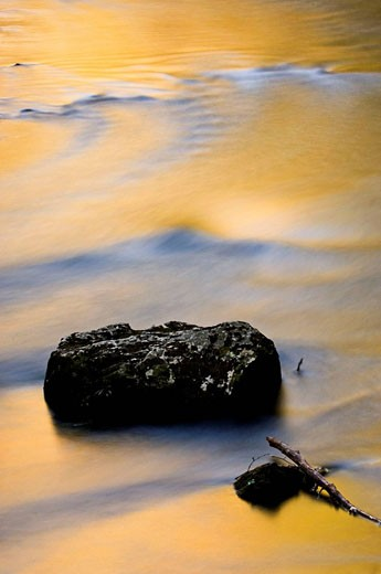 Spring reflections in Little River rapids, with boulder. Appalachian, USA : Stock Photo