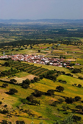 Stock Photo: 1566-399699 Fields, Alia. Las Villuercas. Cáceres, Extremadura, Spain.