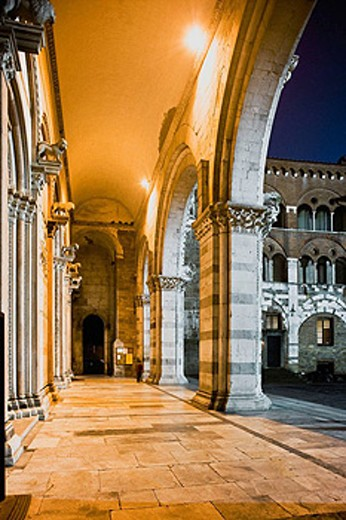 Stock Photo: 1566-400450 The arcades of Duomo (cathedral) di San Martino. Lucca. Tuscany, Italy