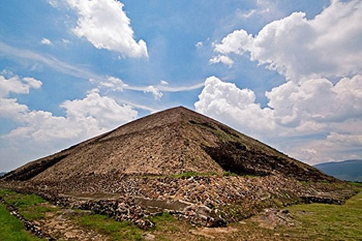 Pyramid of the Sun.  Road of the Deads. Teotihuacan. Mexico. : Stock Photo