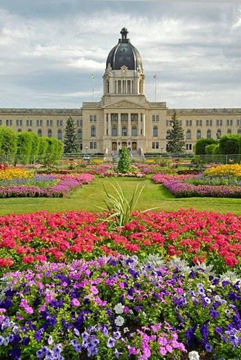 Provincial Capital Legislative Building Regina Saskatchewan Canada and Queen Elizabeth II Centennial Gardens Queen City : Stock Photo