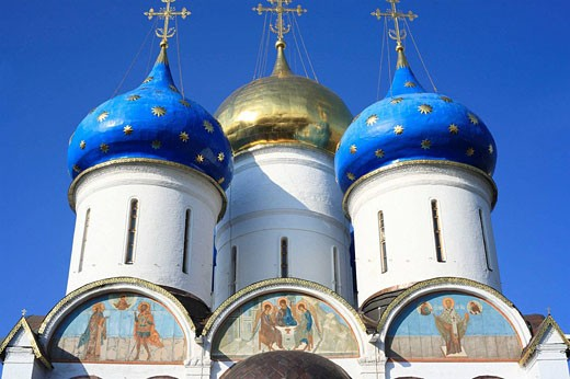 Assumption Cathedral (1559-85), Trinity Lavra of St. Sergius, Sergiyev Posad, Moscow region, Russia : Stock Photo