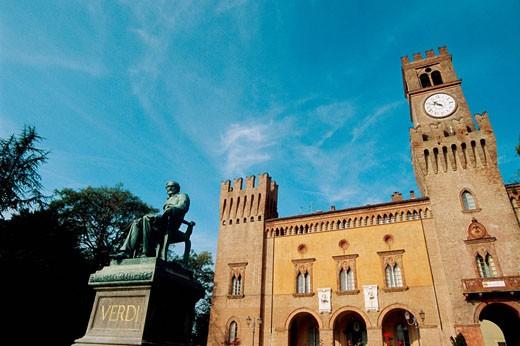 Italy, Emilia Romagna, Busseto, Verdi square and Giuseppe Verdi statue : Stock Photo
