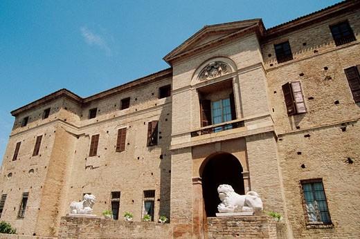 Stock Photo: 1566-409620 Italy, Emilia Romagna, Soragna, Meli Lupi fort.