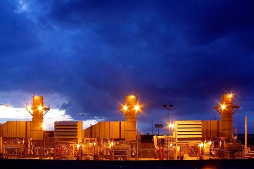 Stock Photo: 1566-411136 Power plant, Mexico