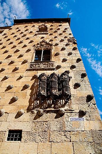 Stock Photo: 1566-415065 Casa de las Conchas (15th century), Salamanca. Castilla-León, Spain