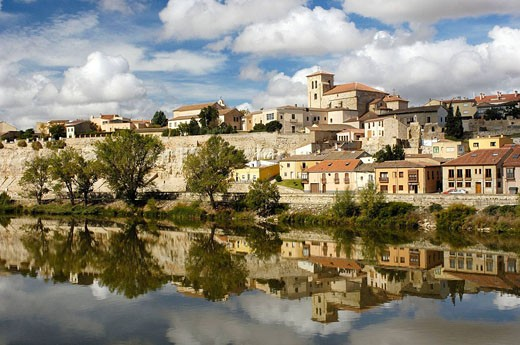 Stock Photo: 1566-415497 Zamora and Douro river, Via de la Plata, Zamora province, Castilla y León, Spain