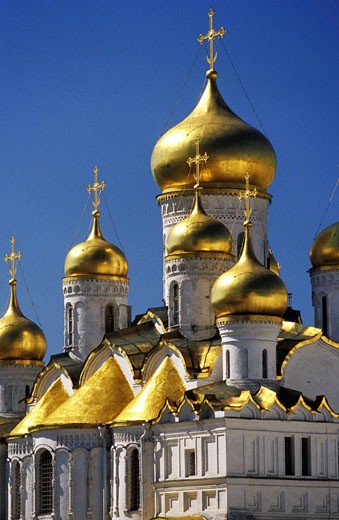Stock Photo: 1566-419981 Cathedral of the Assumption Cupolas, Kremlin, Moscow.