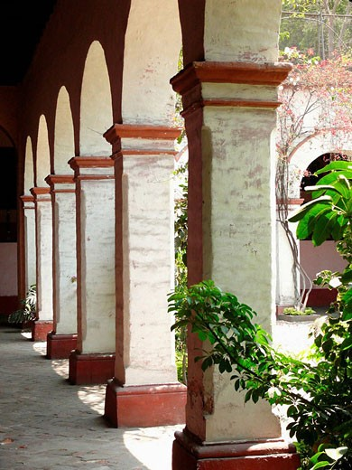 Cloister, Convento de los Descalzos, Lima, Peru : Stock Photo