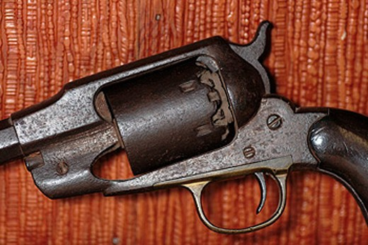 Old Colt cap and ball revolver pistol : Stock Photo