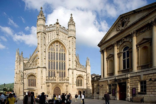 Stock Photo: 1566-426712 Bath. Abbey Church Yard, Pump Room. Somerset, UK