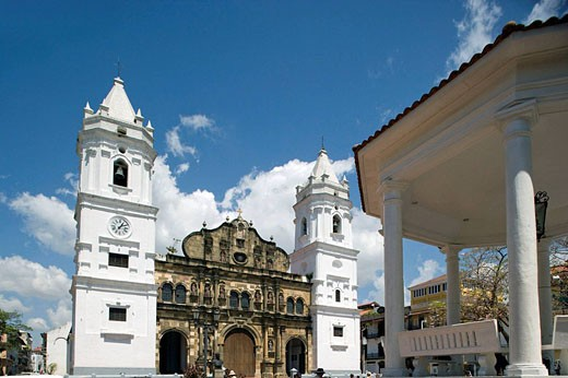 Stock Photo: 1566-434235 NATIONAL CATHEDRAL INDEPENDENCE PLAZA CASCO ANTIGUO SAN FILIPE PANAMA CITY REPUBLIC OF PANAMA