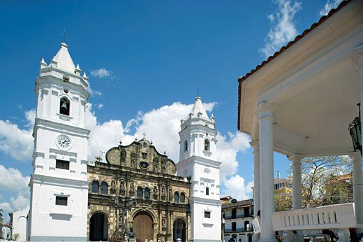 NATIONAL CATHEDRAL INDEPENDENCE PLAZA CASCO ANTIGUO SAN FILIPE PANAMA CITY REPUBLIC OF PANAMA : Stock Photo